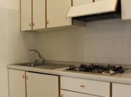 appartamento con cucina per la famiglia con supermercato vicino